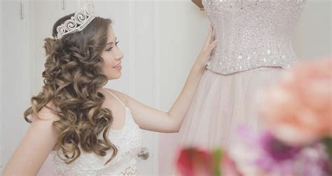Quinceanera Hairstyle by 20 Absolutely Stunning Quinceanera Hairstyles With Crown