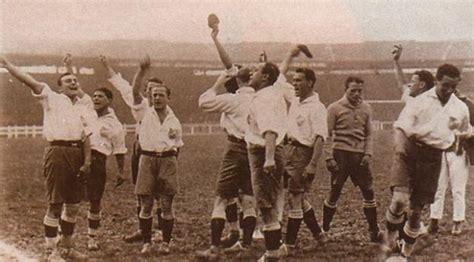 imagenes insolitas del futbol historia del futbol timeline timetoast timelines