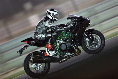 Motorrad Zeitschrift 2r Der by Fahrbericht Kawasaki Ninja H2 Und H2r Heise Autos