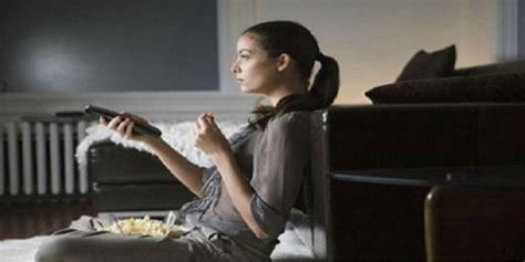 film genre sedih menonton film sedih picu obesitas dream co id