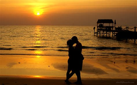 wallpaper sunset couple romantic hd wallpaper fix