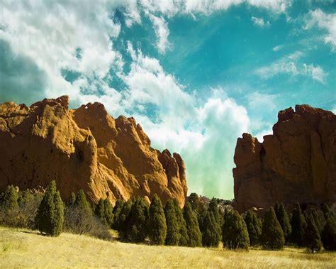 Batu Muntai gunung batu adalah tuhannya kristen penginjil
