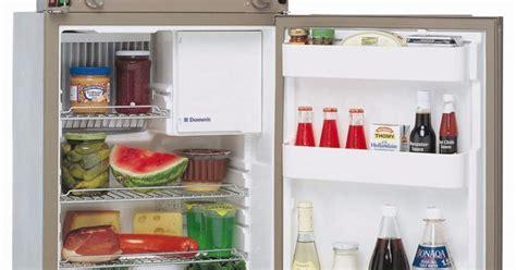 Freezer Khusus Es Batu mengapa freezer kulkas diletakkan di bagian atas