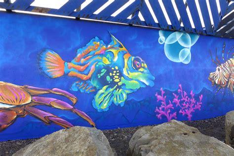 spray painter glenrothes macduff aquarium mural fresh paint