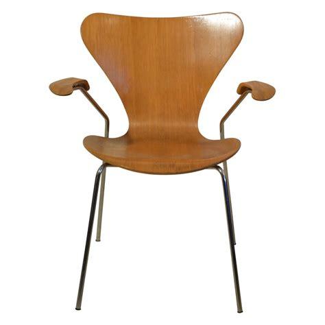 chaise ée 70 chaise 224 accoudoirs quot s 233 rie 7 quot arne jacobsen 233 es 70
