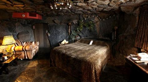 caveman room 17 best images about madonna inn on 30th birthday caves and beatles