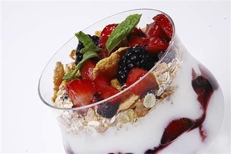 Yogurt Topping For Muesli Bars by Fresh Berry Parfait With Muesli Honey Bars Recipe Co Op