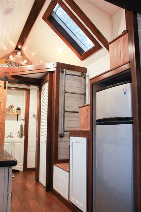 tiny house big living hgtv loversiq 19 things tiny house dwellers loves about living small