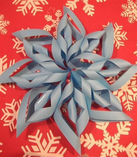 How To Make Pretty Paper Snowflakes - 8 diy fashionable and ideas