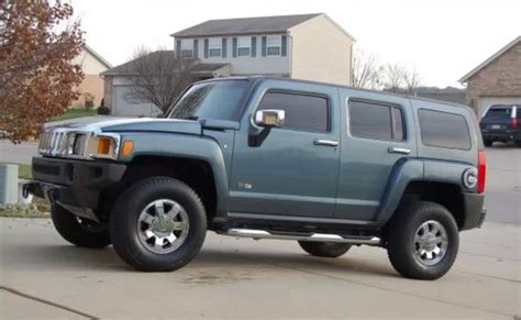 car engine repair manual 2007 hummer h3 security system 2007 hummer h3 overview cargurus