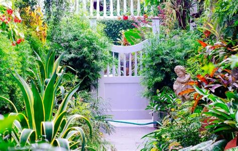 tiny yard best tips for creating a quot big quot garden porch
