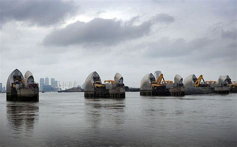thames barrier architect m 225 s de 25 ideas incre 237 bles sobre thames barrier en