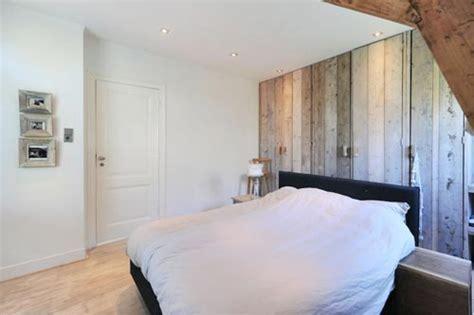 slaapkamer met hout behang slaapkamer met hout interieur inrichting