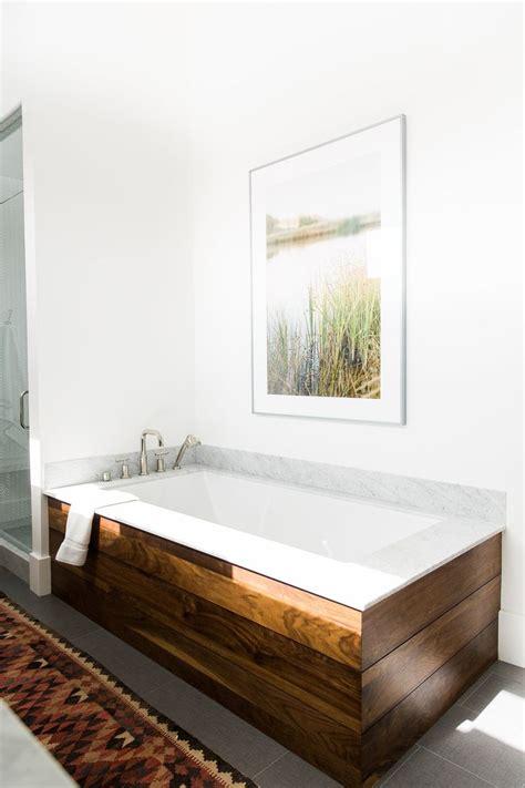 bathtub ideas pinterest 25 best ideas about tub surround on pinterest bathroom