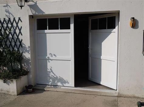 porte de garage pvc blanche atelier stores fermetures