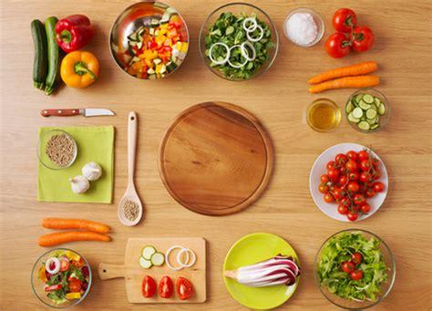 alimenti dieta vegetariana diventare vegetariani per stare meglio medicinalive