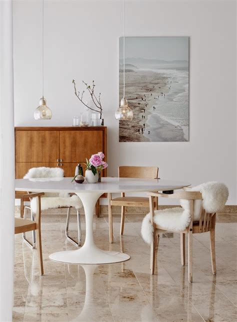 Room Tables by 15 Astounding Oval Dining Tables For Your Modern Dining Room