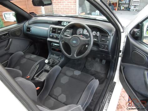 Ford Rs Cosworth Interior by 1994 Ford Rs Cosworth White