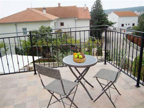 erste etage ferienhaus villa ema mit swimmingpool insel krk firma