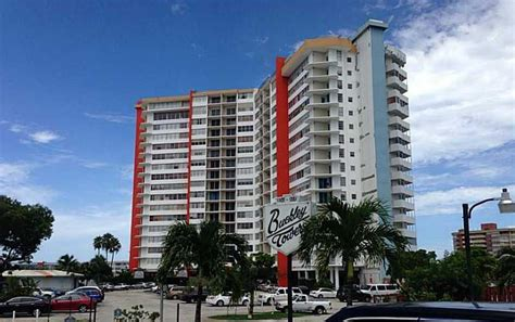 Apartments On Miami Gardens Drive Wholesale Real Estate Deals For Monday