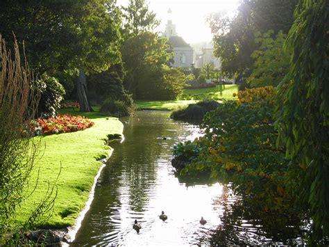 Exceptionnel Les Plantes De Jardin #1: Jardin_Des_Plantes_de_Nantes_10-2006.jpg