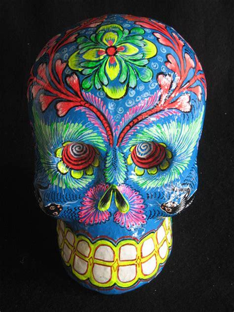 Dia De Los Muertos Essay by Dia De Los Muertos Paper Mache Calaveras Is Awesome