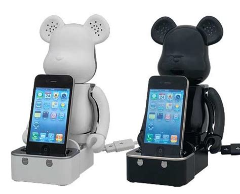 Ipod Classic Multifunction Dock Speaker Color Model Cdl 669 bearbrick dock speaker system for iphone and ipod gadgetsin