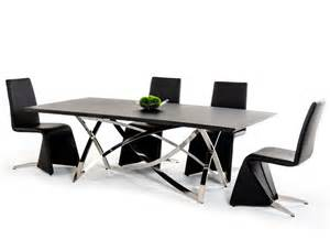 modern dining table images