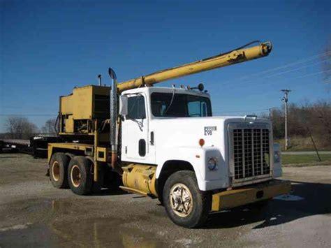 gmc t series gmc t series 1998 boom trucks