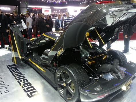 koenigsegg hundra interior koenigsegg agera s hundra is a whopping usd 1 6 million