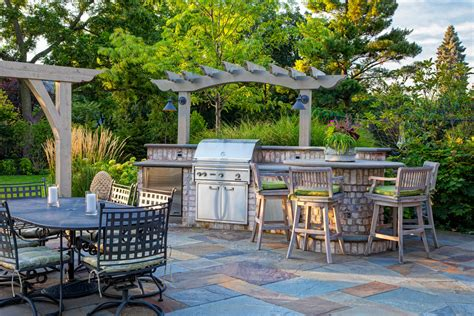 22  Outdoor Kitchen Bar Designs, Decorating Ideas   Design