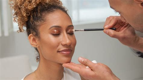 Beyonce Looks Oh So Thrilled by Get The Look How To Get Beyonc 233 S Glowing Skin