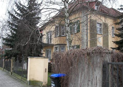 wohnungen dresden blasewitz dresden blasewitz 003 villa mit originaler zaunanlage