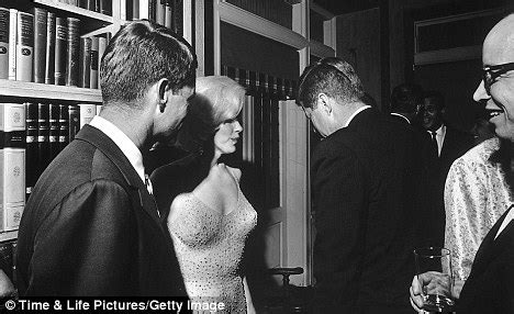 madness of marilyn monroe: the affair with jfk and the