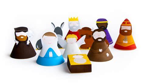 printable paper nativity craft tutorials galore at crafter holic paper nativity scene