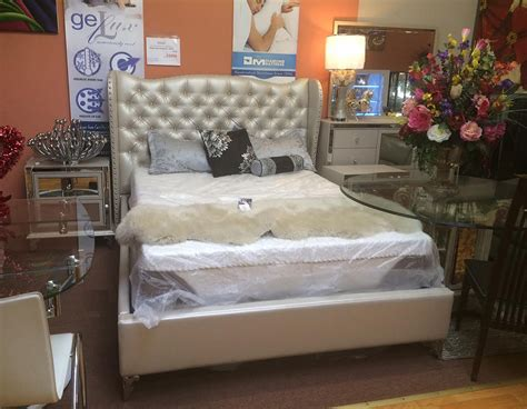 hollywood bed hollywood loft frost bed by aico aico bedroom furniture