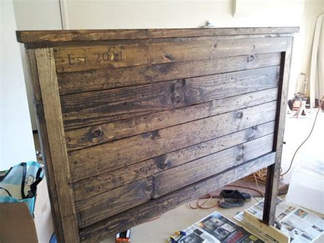 Wood Board Headboard by Top 25 Best Barn Wood Headboard Ideas On Diy