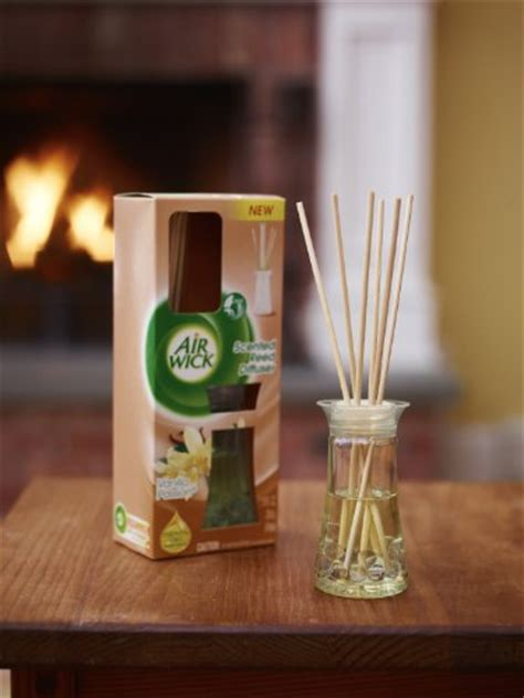 amazon com michel design works home fragrance reed diffuser peony air wick reed diffuser air freshener vanilla passion 1
