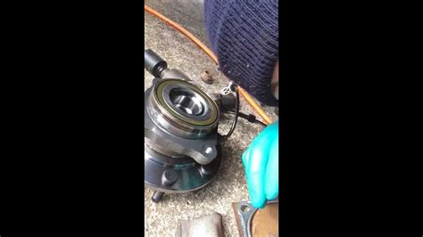 Service Manual How To Replace Front Bearing In A 2005
