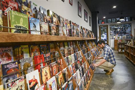do book stores and shops store for comics buscar con comics