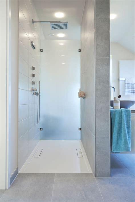 badezimmerboden und dusche fliesen ideen die besten 17 ideen zu offene duschen auf