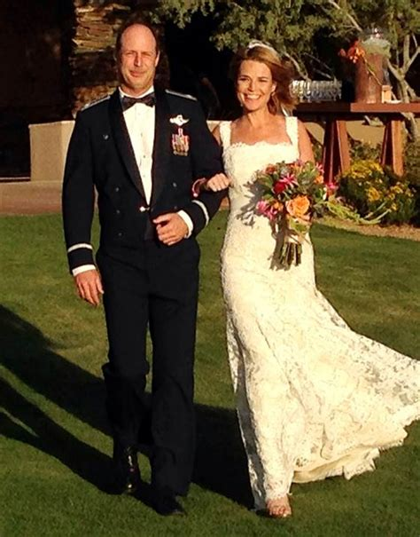 dylan dreyer wedding photo savannah guthrie dylan dreyer both pregnant on today show