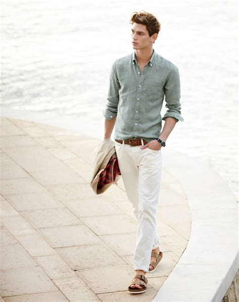 mens preppy style how to dress preppy men 15 best preppy outfits for guys