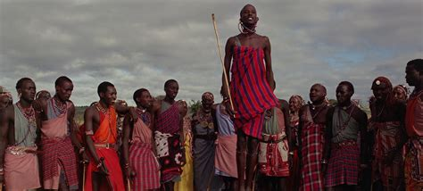 film dokumenter suku pedalaman film baraka mengingatkan kembali makna hidup manusia
