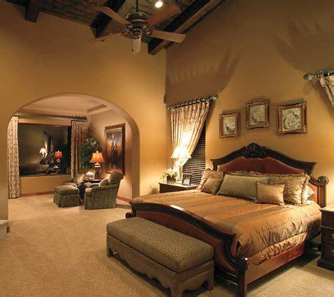 master bedroom spacious   walk  closets sitting