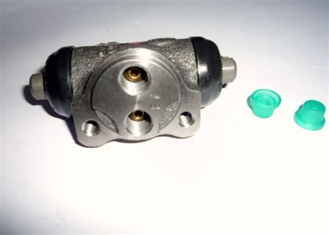 Alternator Assy T Avanza 1300cc wheel cylinder alat mobil