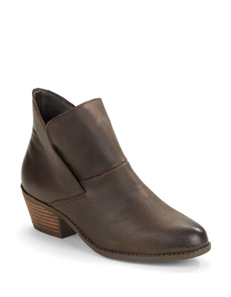 me boots me zale leather ankle boots in brown lyst