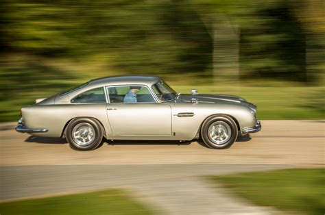 aston martin vintage james bond 100 aston martin classic james bond aston martin