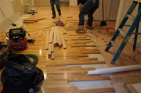 Repair Hardwood Floor Repair Laminate Flooring Laminateflooringideas