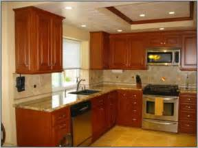 kitchen wall colors with honey oak cabinets best wall color for kitchen with honey oak cabinets